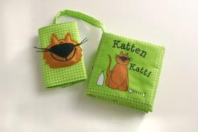 Babyns bilbok - Katten Katty (grön)