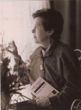 Maria Àngels Anglada