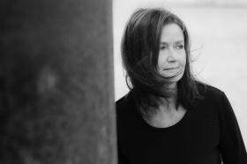 Eva F Dahlgren