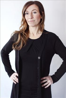 Linda Åkerström