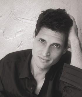 Douglas Carlton Abrams