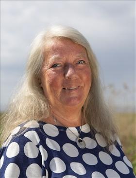 Ingrid Wall